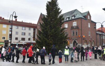 Julen  dansades ut i  Örnsköldsvik